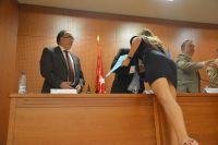 77_Alumna premiada saluda autoridades
